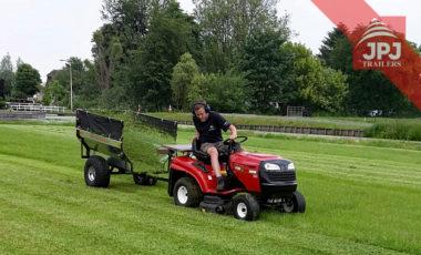 trailer behind garden tractor